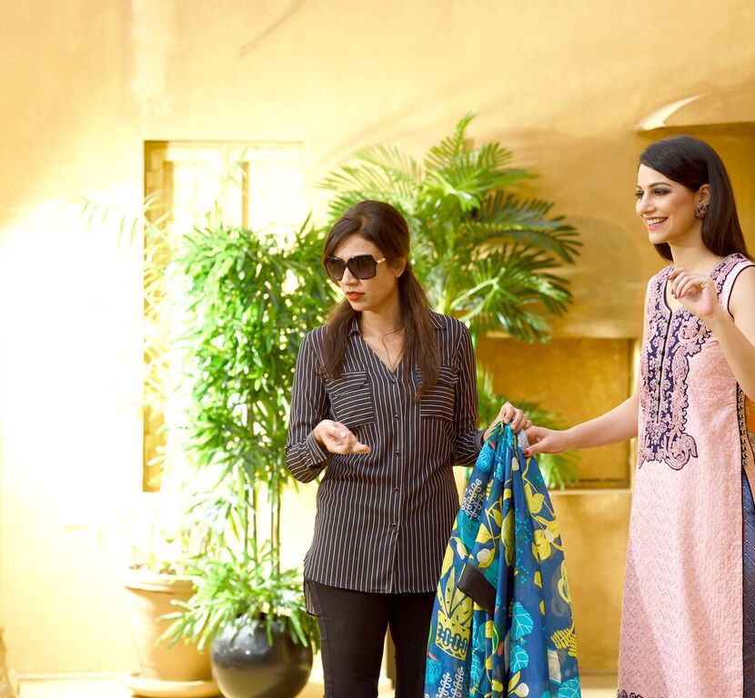 Asim Jofa Summer Luxury Lawn Collection 2016- Behind the Shoot (7)