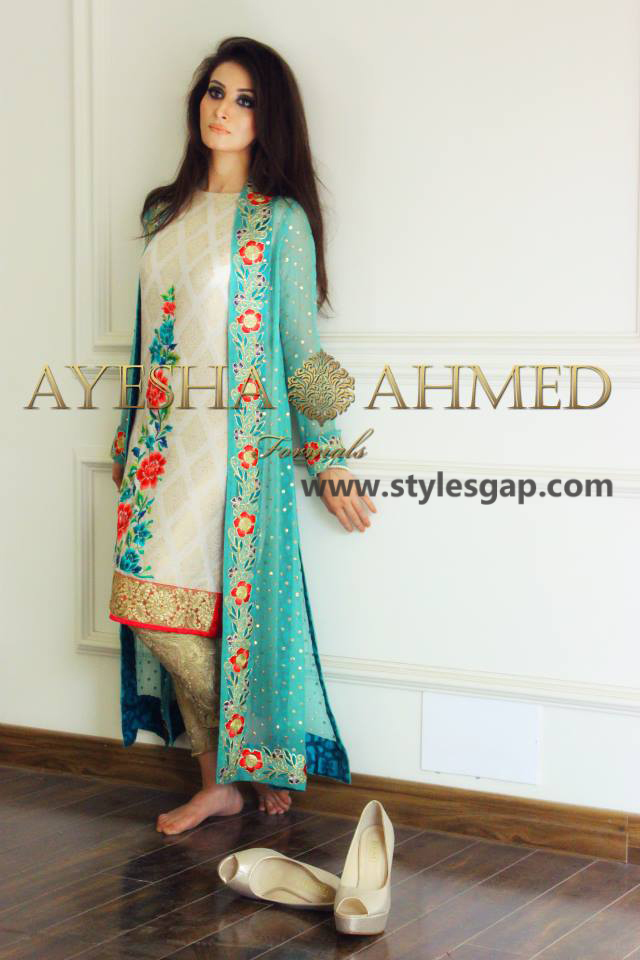 Simple New Arrival Of Summer Dresses 2017 Pakistani Lawn Collection For Girls