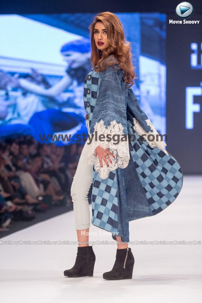 IMAN ALI- Showstopper in fashion week Pakistan 2016-2017 (2)