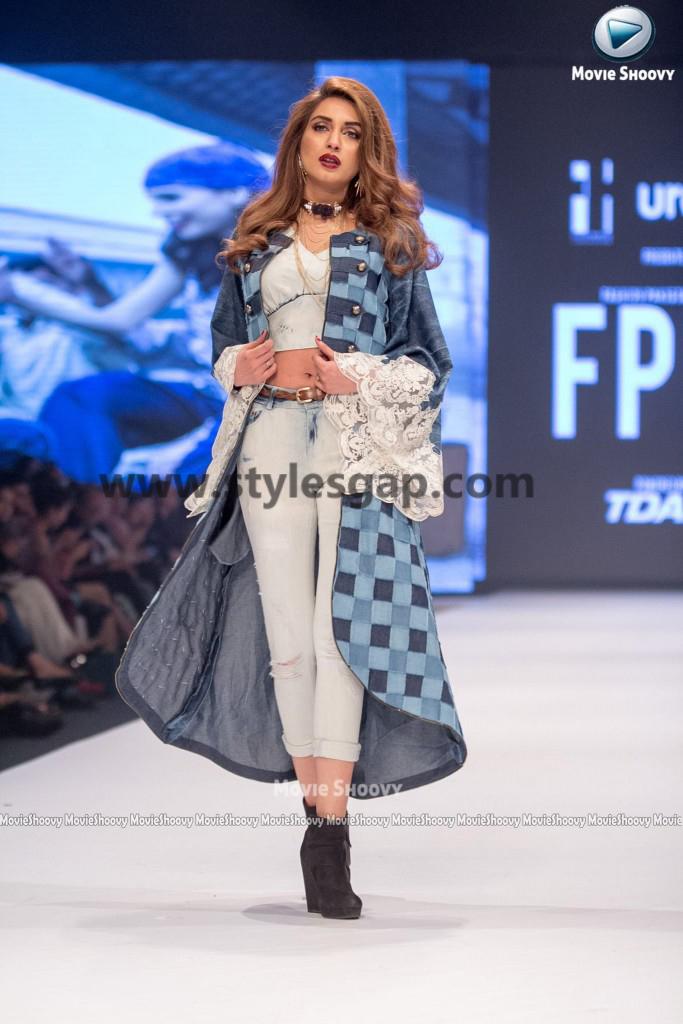 IMAN ALI- Showstopper in fashion week Pakistan 2016-2017 (3)