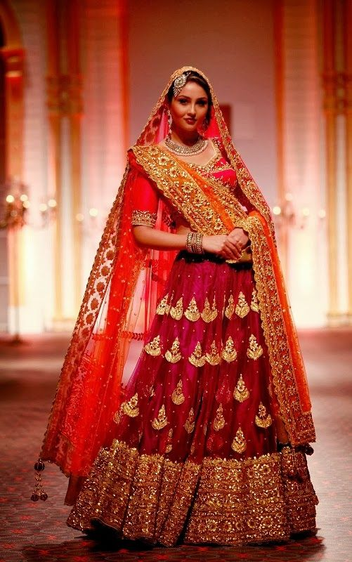 Indian Designer Bridal Dresses Wedding Trends 2018-2019 ...