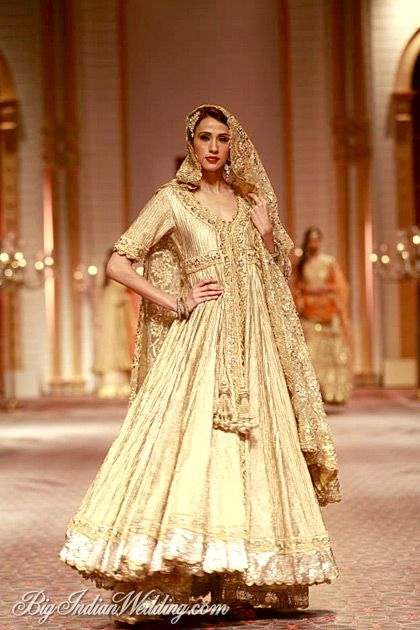 Latest Indian Designer Bridal Dresses Wedding Trends 2020 ...