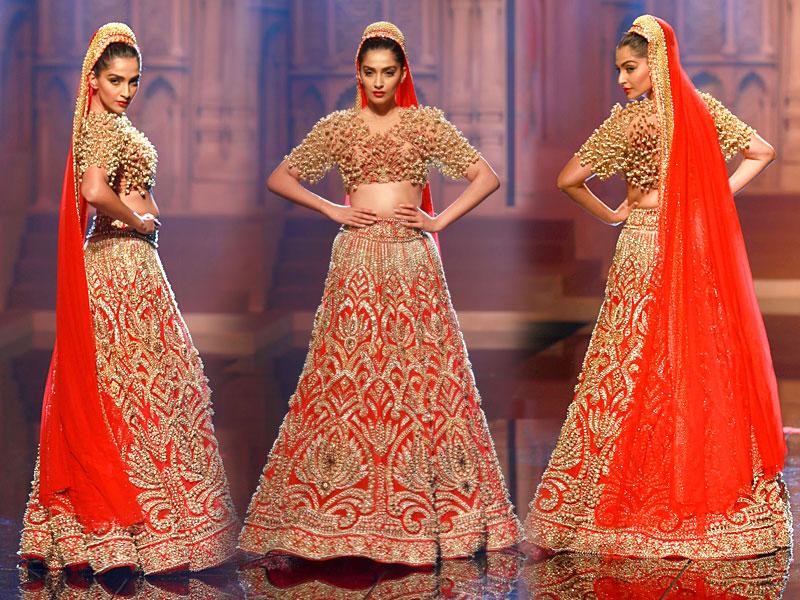 MANISH MALHOTRA INDIAN BRIDAL DRESSES COLLECTION (2)