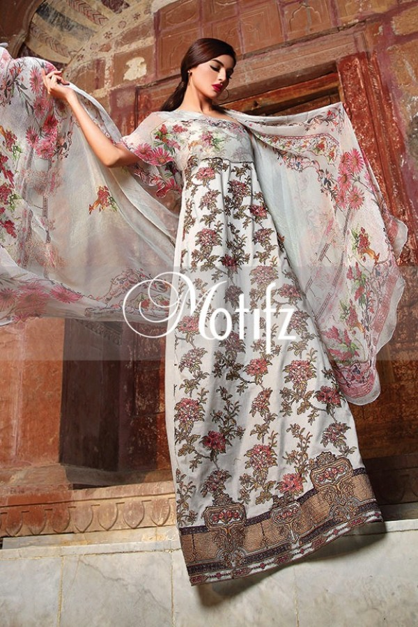 Motifz Summer Embroidered Lawn Dresses Collection 2016-2017 (31)