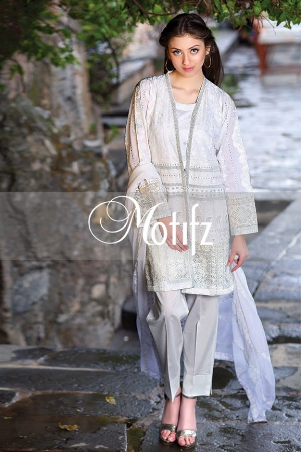Motifz Summer Embroidered Lawn Dresses Collection 2016-2017 (34)