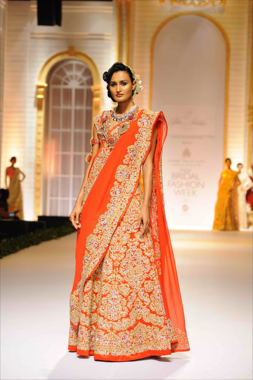 NEETA LULLA INDIAN BRIDAL DRESSES COLLECTION (1)