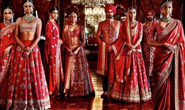 SABYASACHI MUKHERJEE INDIAN BRIDAL DRESSES COLLECTION (1)