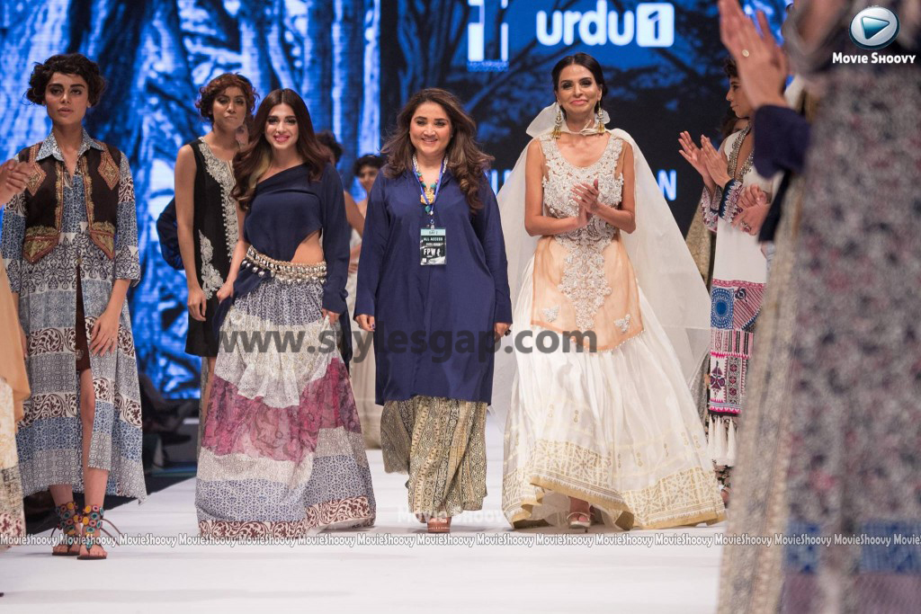 SONIYA HUSAIN- Showstopper in fashion week Pakistan 2016-2017 (4)