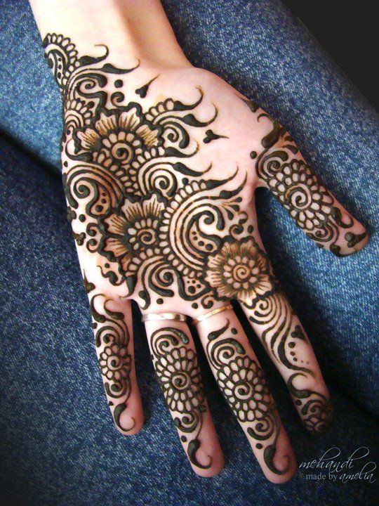 Simple Easy Eid Mehndi Designs 20172018 Latest Collection