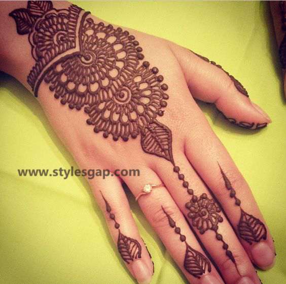 Mehndi Designs New Simple : New simple mehndi design pics makedes