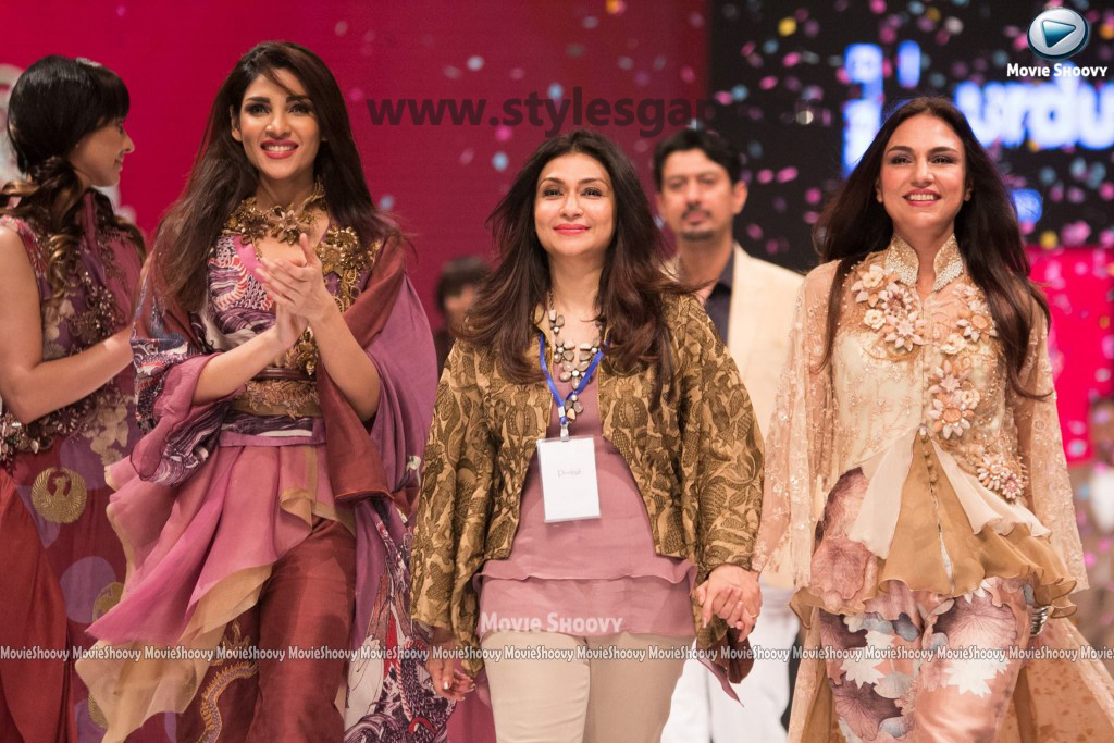 ZALAY SARHADI- Showstopper in fashion week Pakistan 2016-2017 (4)