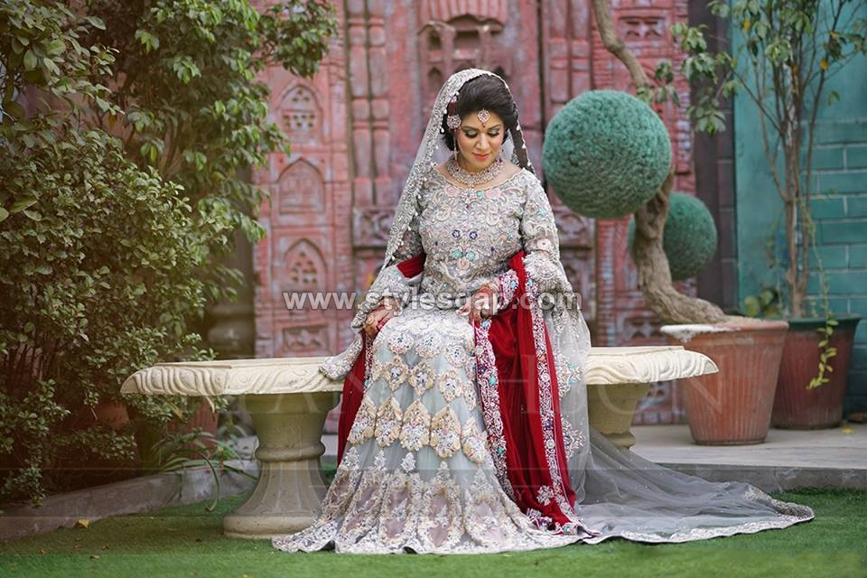 Latest Beautiful Walima Bridal Dresses Collection (13)