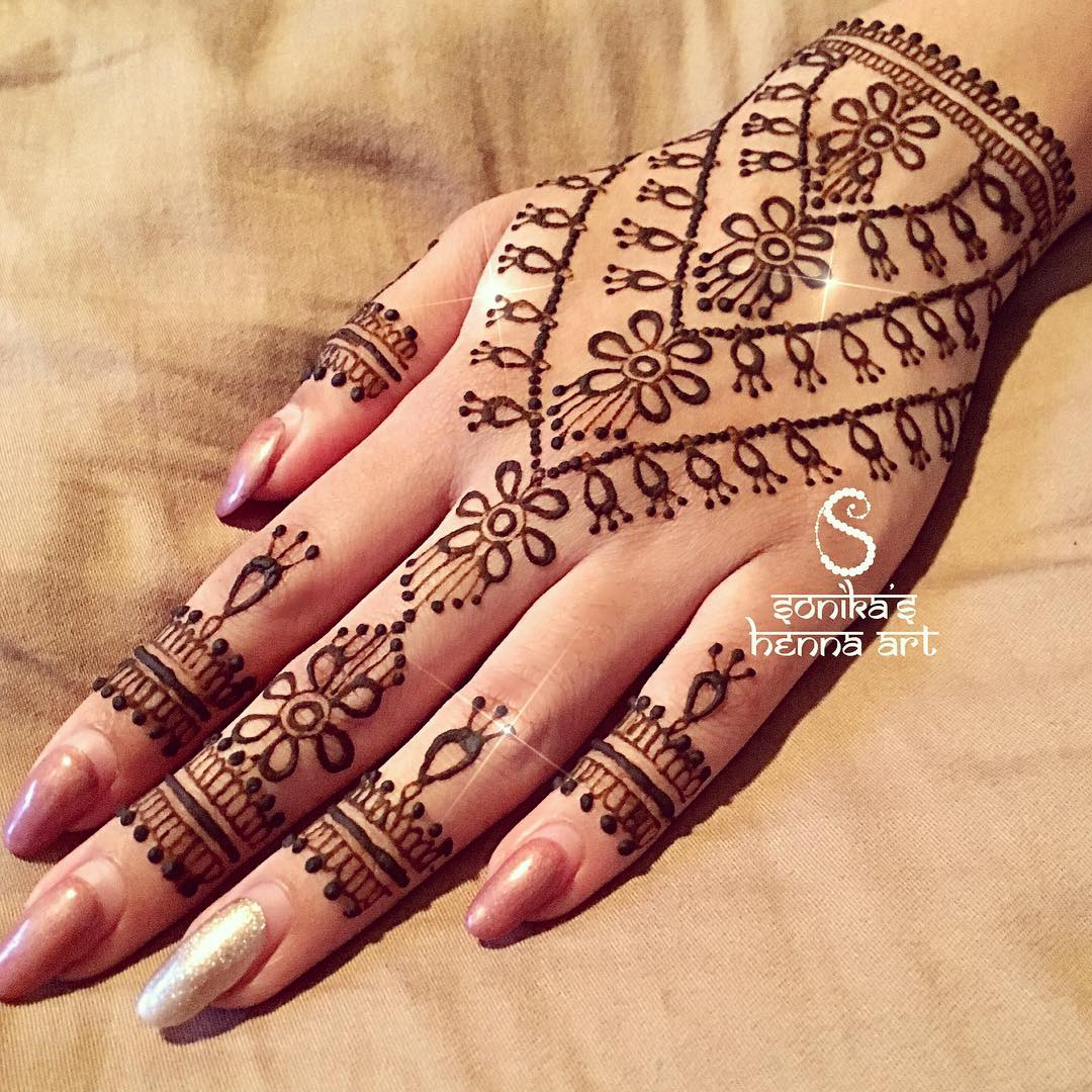 Mehndi design 2017 eid - Amazing The Upcoming Eid Festival Marks The End Of The Month Of Ramadan It Is A Day Of Celebration And Ritual Including The Wearing Of Elaborate Henna