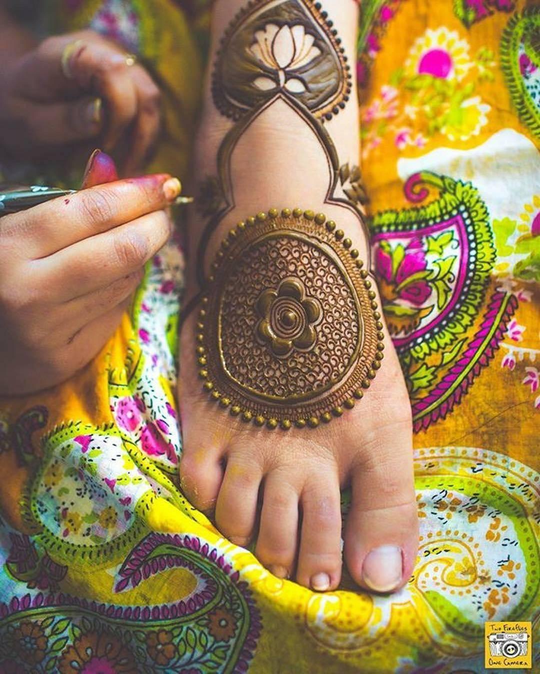 Top Henna Designs: Best Eid Mehndi Designs 2020-21 Special & Latest Collection