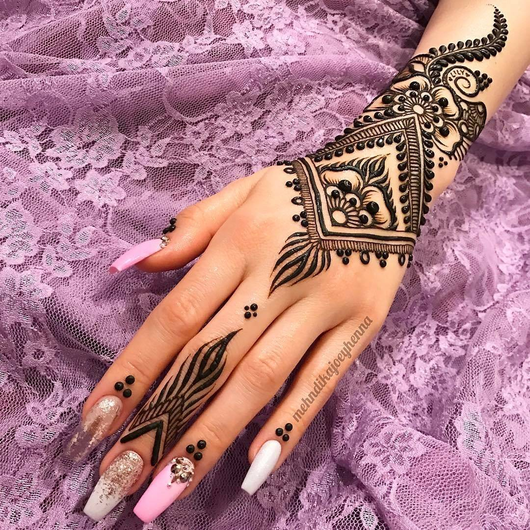 Mehndi design 2017 eid collection - Brilliant On The Upside We Have A Whole Bunch Of New Portfolios To Check Out This Month There Is No Real Theme Design Styles Are Pretty Much All It Shows