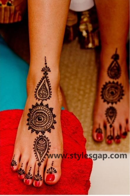 Latest Fancy & Stylish Mehndi Trends & Designs Collection 2016-2017 (33)