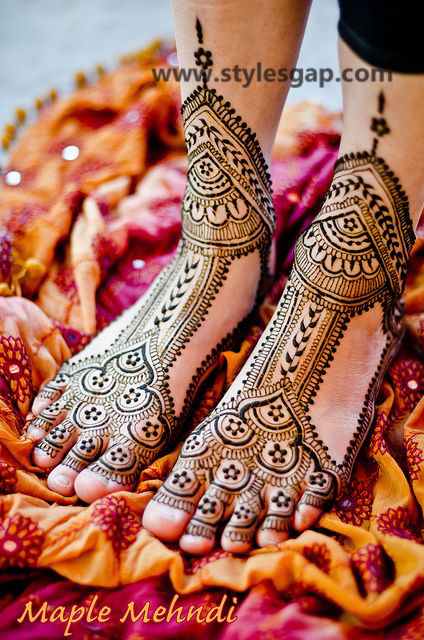 Latest Fancy & Stylish Mehndi Trends & Designs Collection 2016-2017 (37)