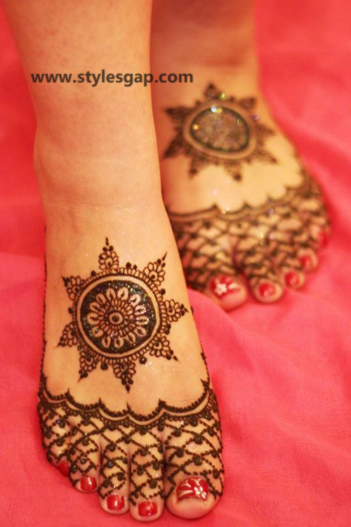 Latest Fancy & Stylish Mehndi Trends & Designs Collection 2016-2017 (39)