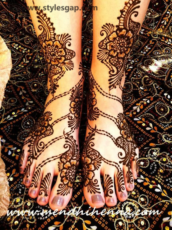 Latest Fancy & Stylish Mehndi Trends & Designs Collection 2016-2017 (9)