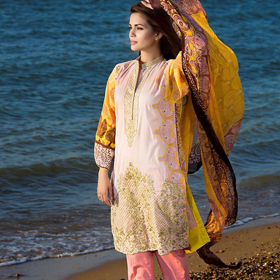 Latest Pakistani Fashion- Amna Ismail