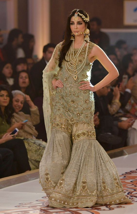 Latest Wedding Bridal Sharara Designs (1)