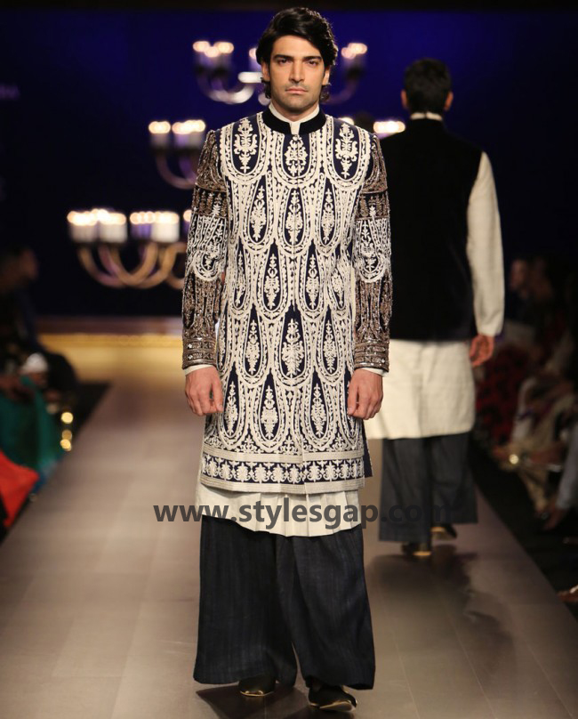 Manish Malhotra Wedding Sherwanis & Party Suits for Men 2016-2017 Collection (14)