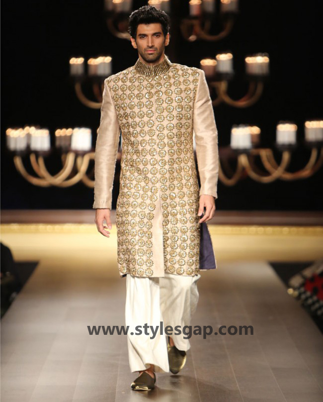 Manish Malhotra Wedding Sherwanis & Party Suits for Men 2016-2017 Collection (15)
