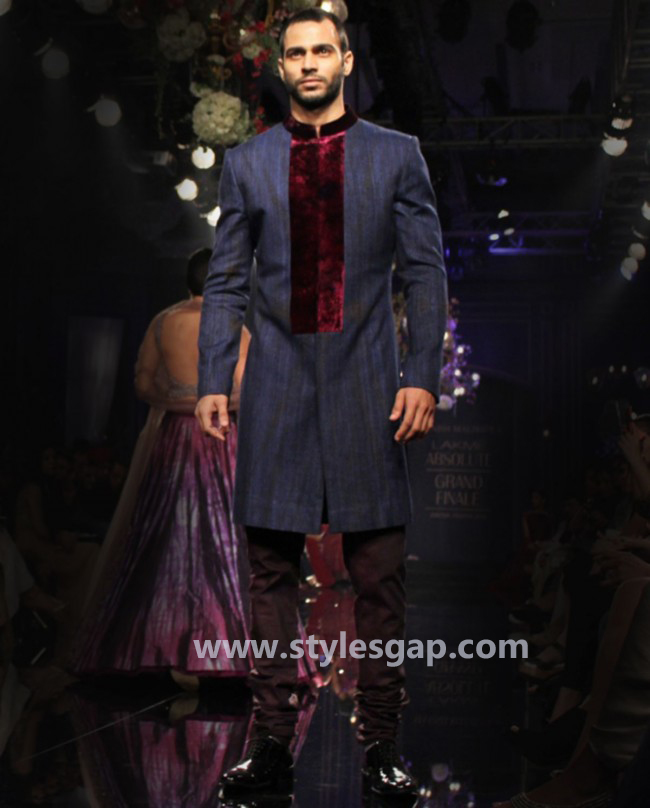 Manish Malhotra Wedding Sherwanis & Party Suits for Men 2016-2017 Collection (32)