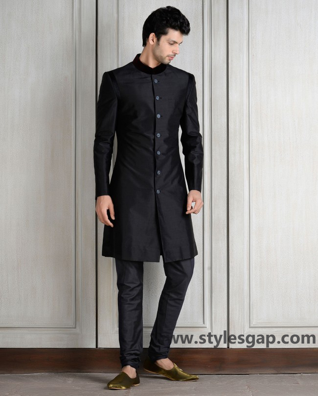 Manish Malhotra Wedding Sherwanis & Party Suits for Men 2016-2017 Collection (7)
