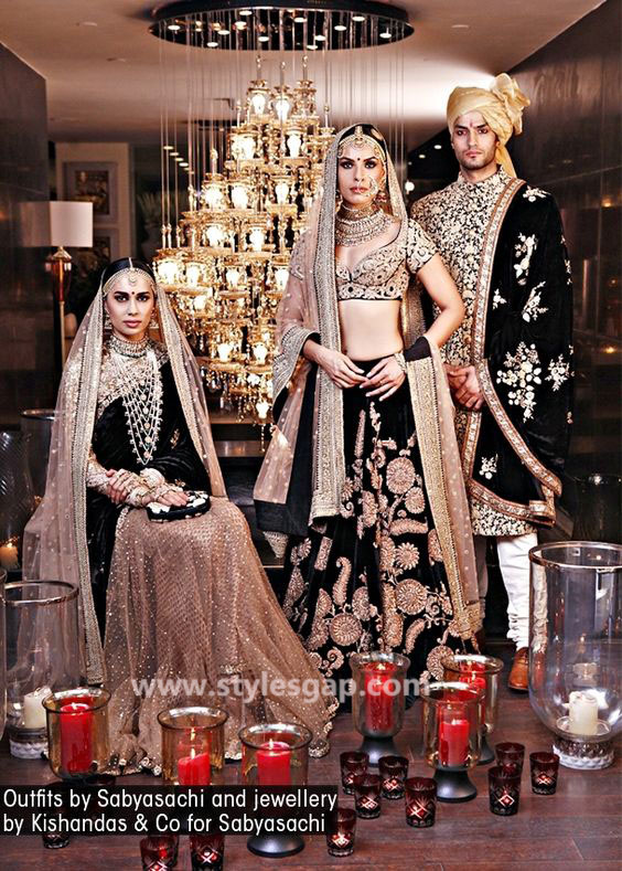 Sabyasachi Mukherjee Latest Wedding Dresses 2016-2017 Collection. Lehengas, Sarees (2)