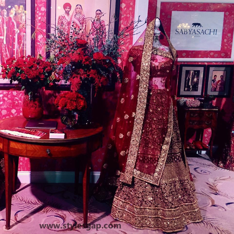Sabyasachi Mukherjee Latest Wedding Dresses 2016-2017 Collection. Lehengas, Sarees (20)