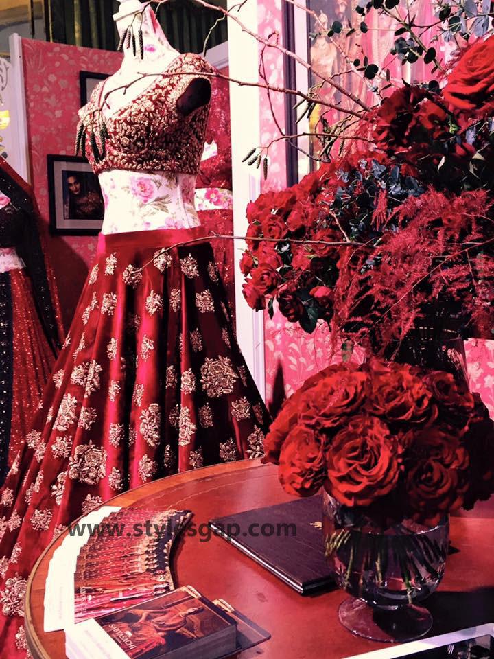 Sabyasachi Mukherjee Latest Wedding Dresses 2016-2017 Collection. Lehengas, Sarees (21)