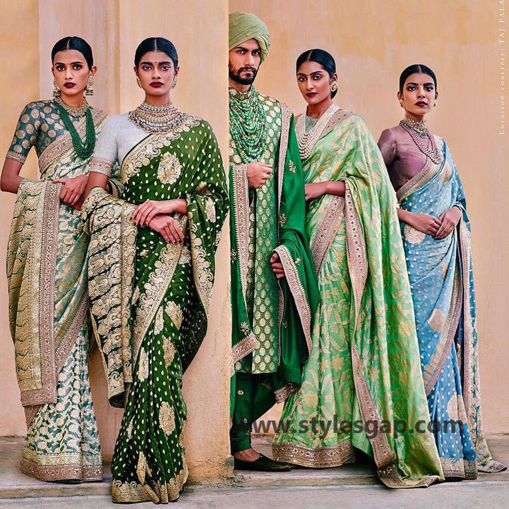 Sabyasachi Mukherjee Latest Wedding Dresses 2016-2017 Collection. Lehengas, Sarees (33)