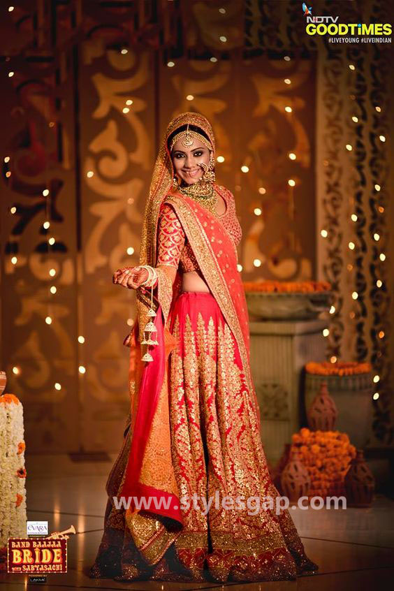 Sabyasachi Mukherjee Latest Wedding Dresses 2016-2017 Collection. Lehengas, Sarees (35)