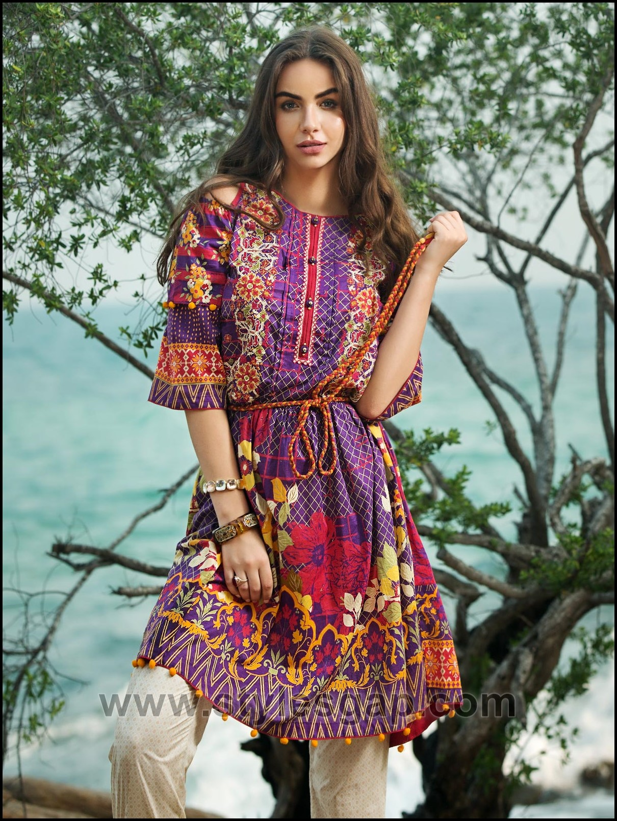 5568884a06f70 Summer Fashion Lawn Kurti Designs Trends Latest Collection 2019-2020