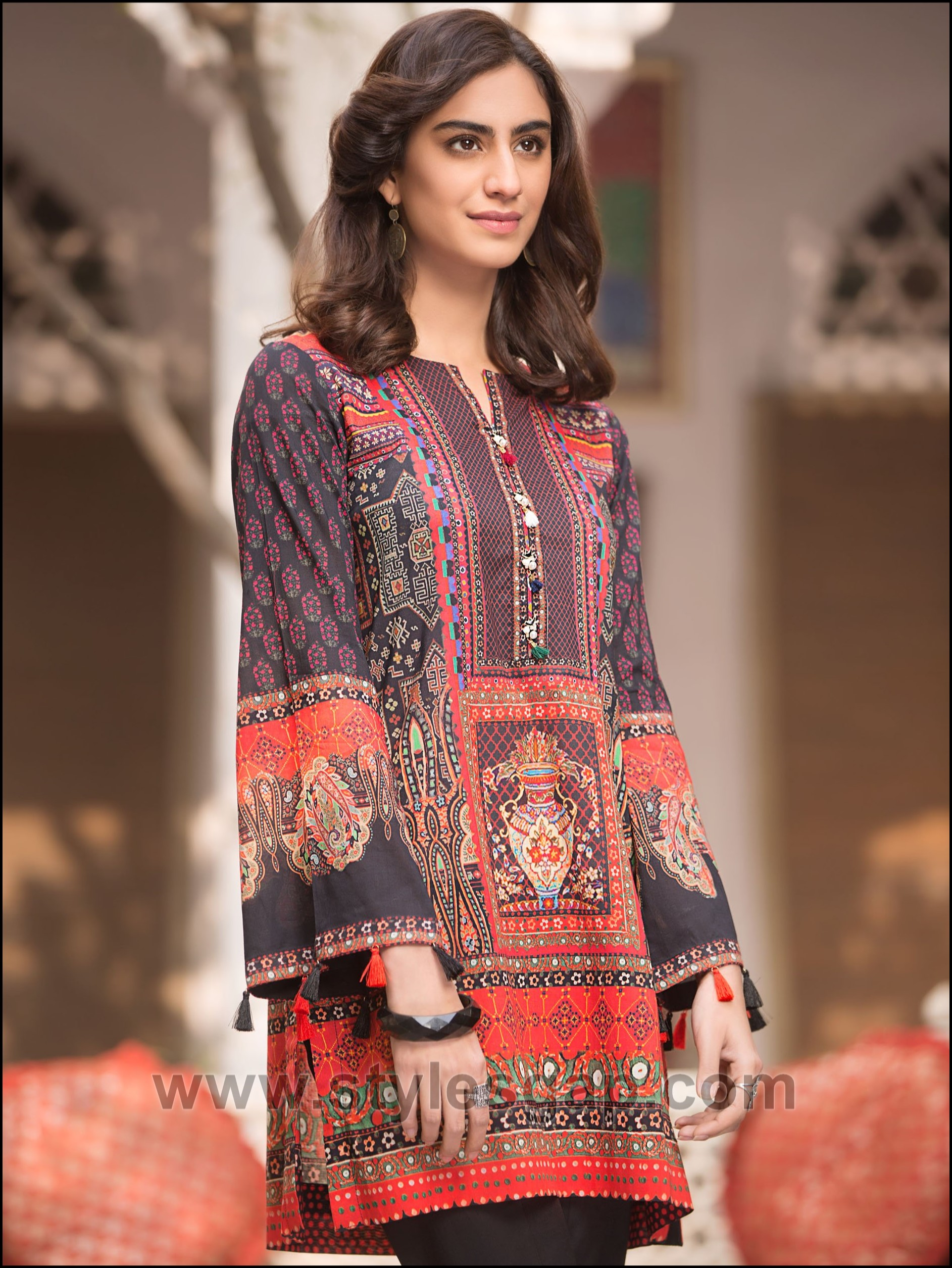 Summer Fashion Lawn Kurti Designs Trends Latest Collection ...
