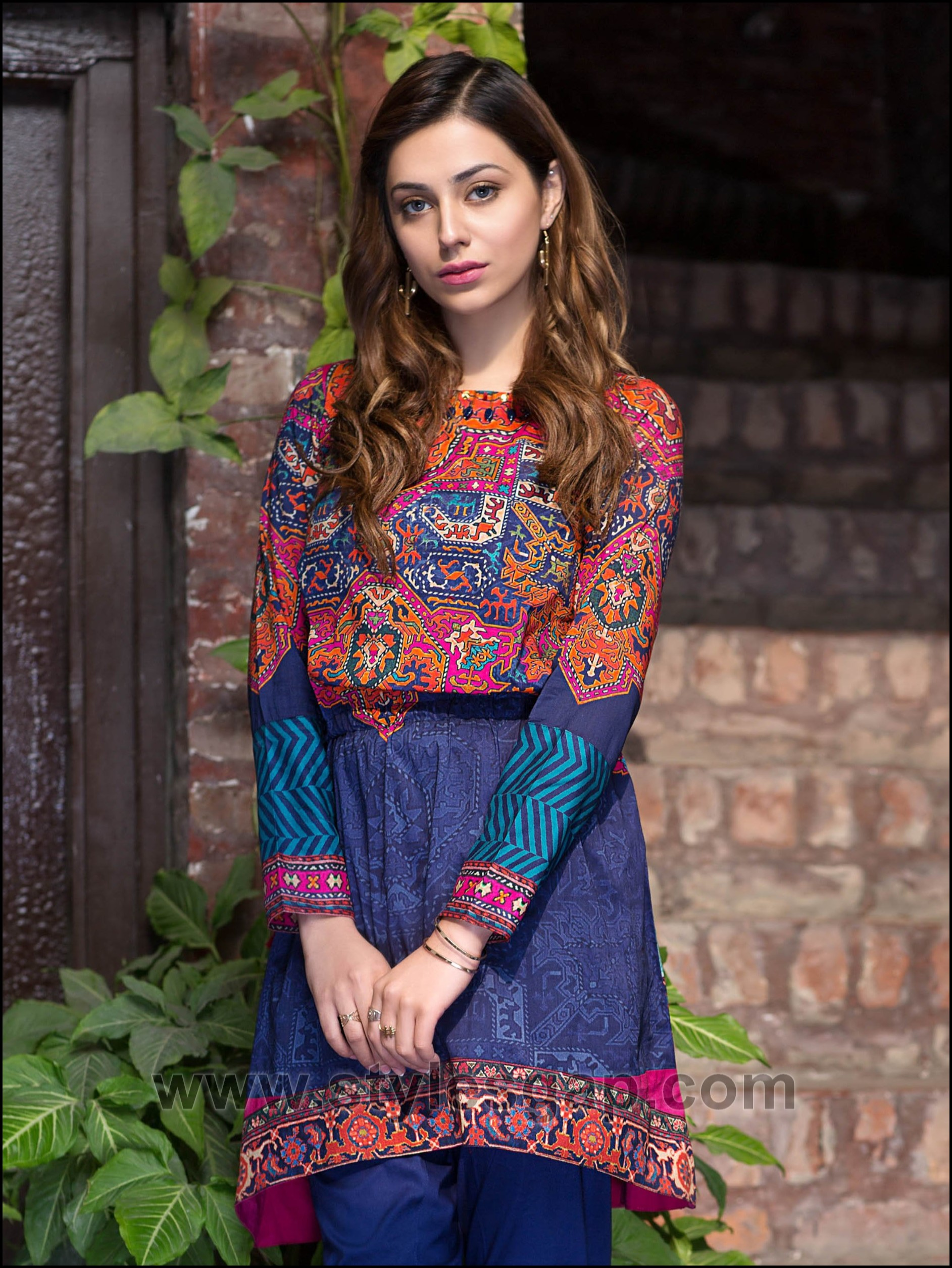 bd68217c4 Summer Fashion Lawn Kurti Designs Trends Latest Collection 2019-2020