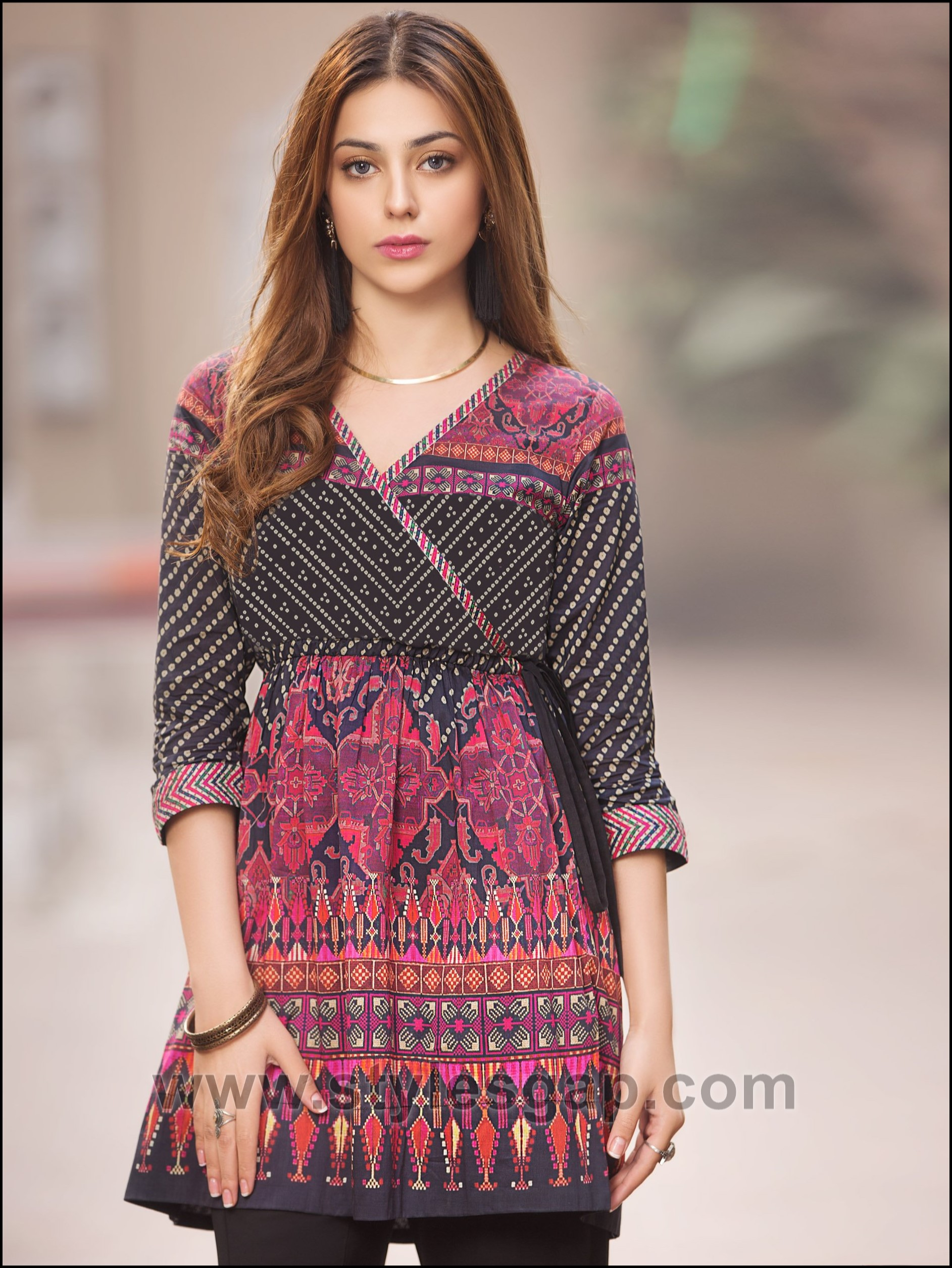 d2d17230bf0 ... and birthdays in a comfortable and adorable outfit pairing a kurti with  a bottom of your choice. Check out the amazing chic designs of latest summer  ...