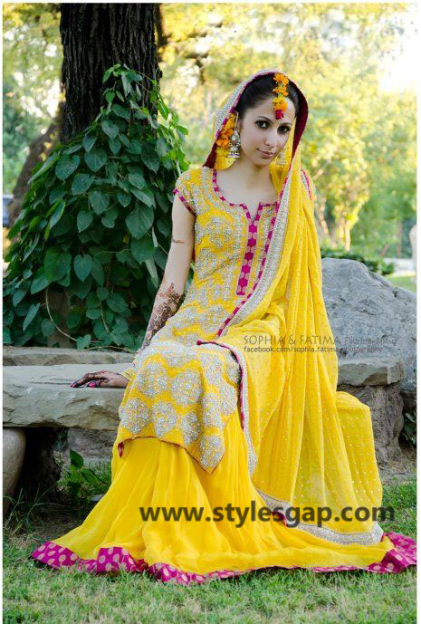 Mayun Bridals Makeup Looks & Dresses Designs & Trends (18)