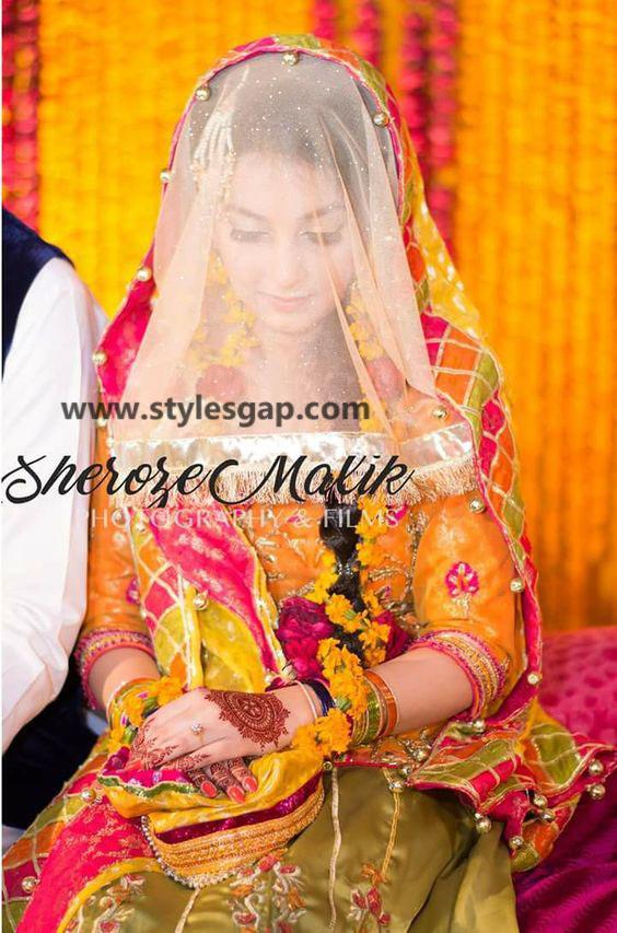Mayun Bridals Makeup Looks & Dresses Designs & Trends (27)