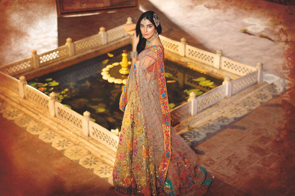 Nomi Ansari Heavy Embroidered Bridal Collection 2016-2017 (24)