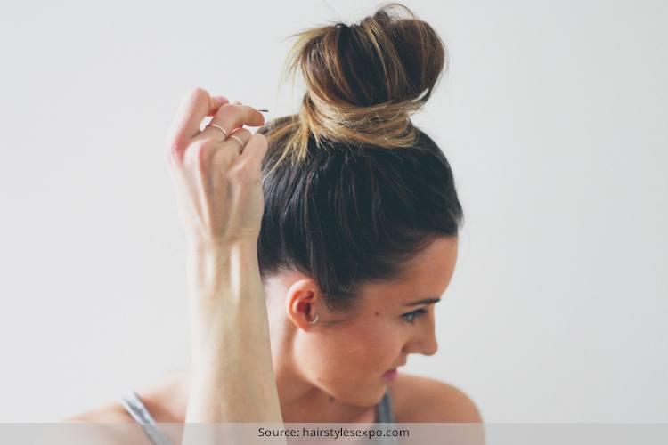 Latest Top Knot Hairstyles Trends & Styles- (17)