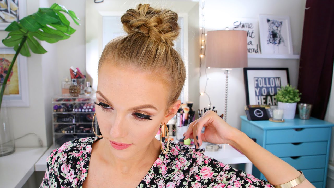 Latest Top Knot Hairstyles Trends & Styles- (7)