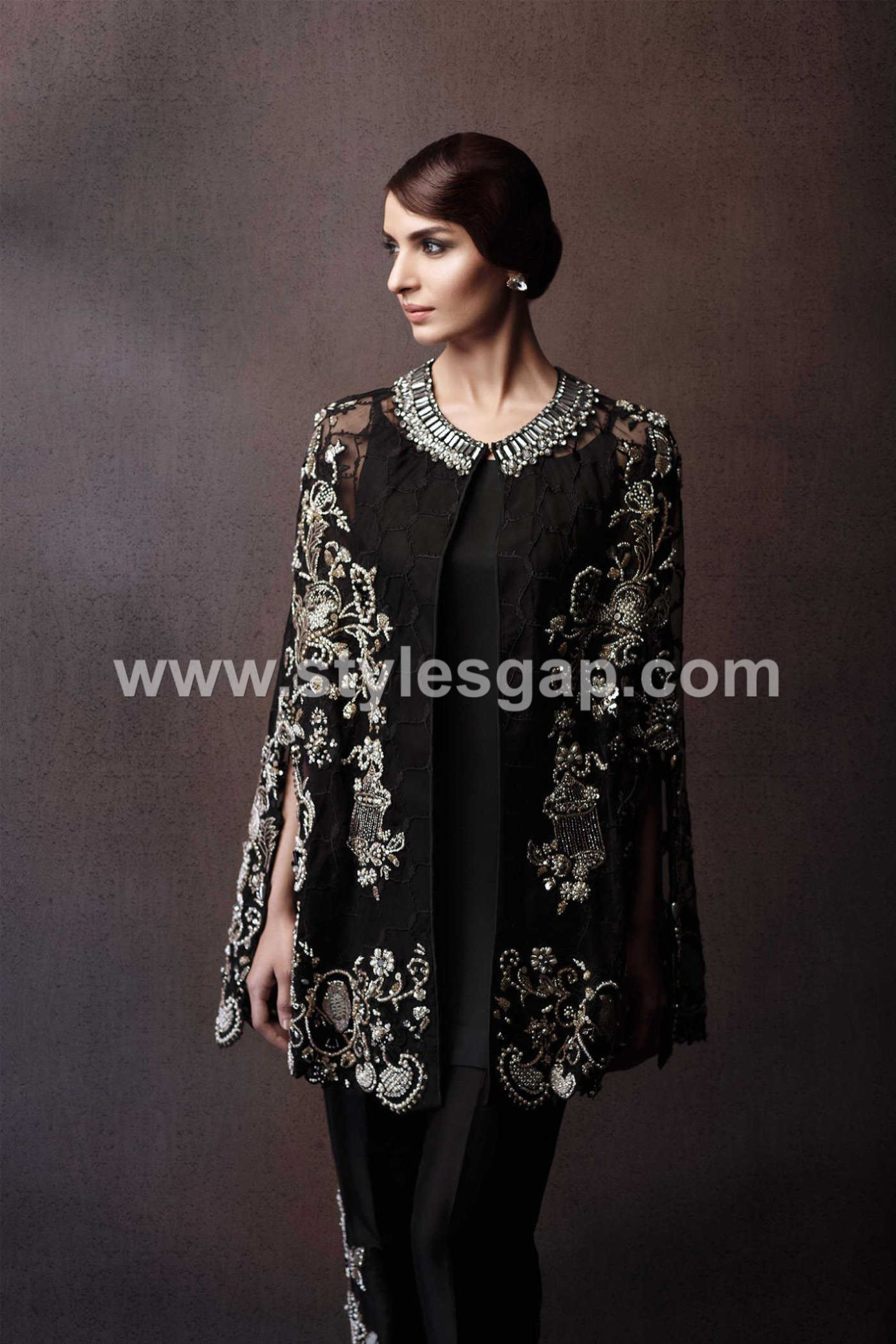 latest-pakistani-cape-style-dresses-for-formal-wear-1