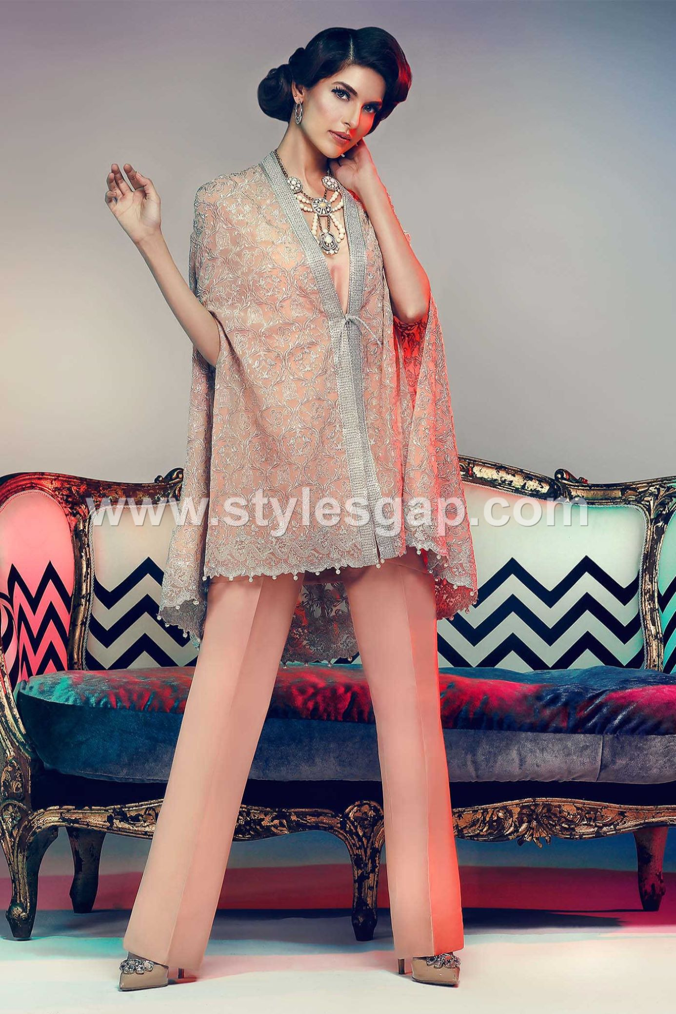 latest-pakistani-cape-style-dresses-for-party-wear-4