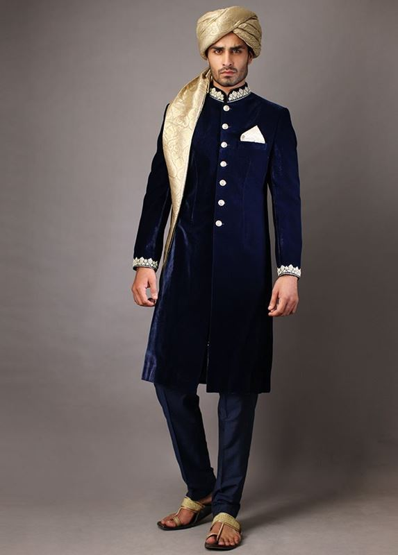 latest-mens-wedding-sherwani-by-deepak-perwani-1