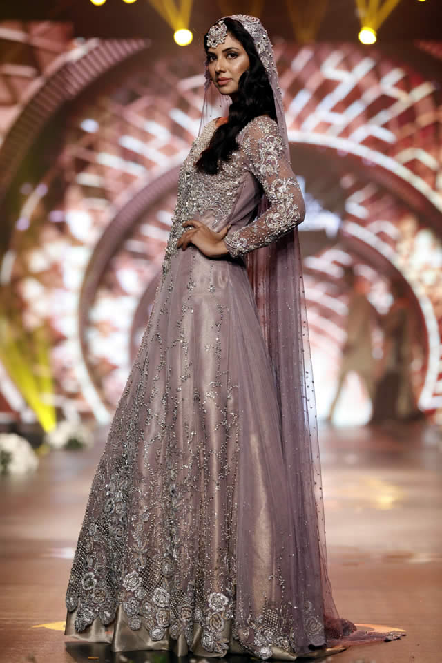 asifa-nabeel-top-10-best-popular-pakistani-bridal-dresses-designers-1
