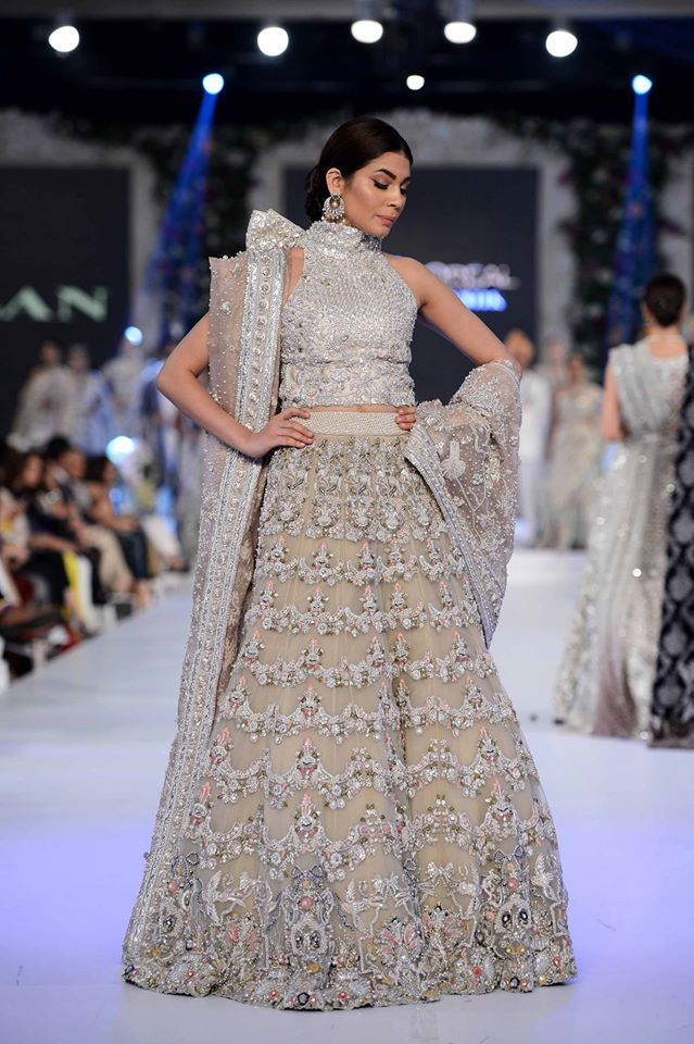 karma-top-10-best-popular-pakistani-bridal-dresses-designers-2