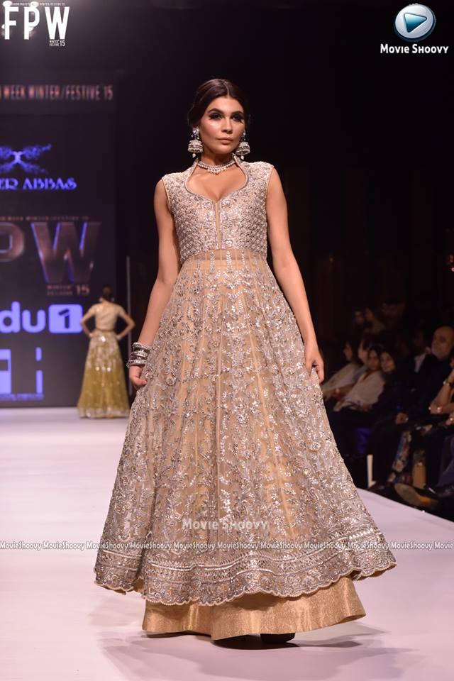 Fashion style Sayeed umer bridal dresses for woman