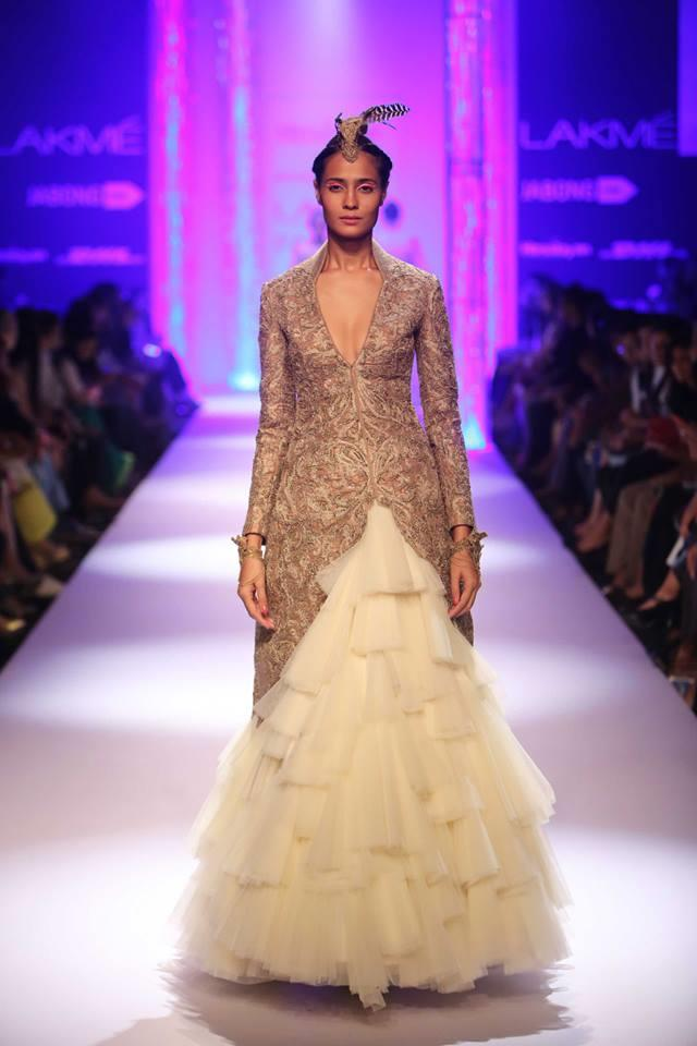 shantanu-and-nikhil-Top 10 Popular & Best Indian Bridal Dresses Designers- Hit List (1)